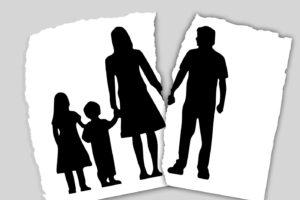 母子家庭の生活費:高校生