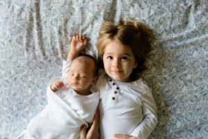 母子家庭の子供の平均人数はどうか