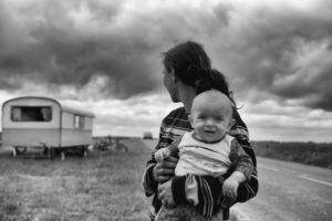 母子家庭に対する偏見が強いとどうなる?